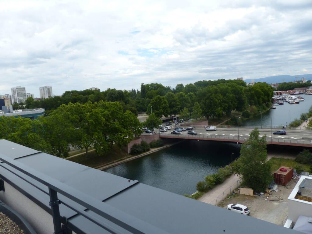 Vue du parc de la Citadelle depuis la terrasse de la résidence Futur Composé